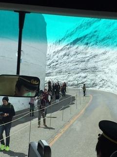 車内より雪の大谷.jpg